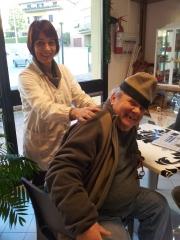 Alessandro enjoying Laura's shoulder massage. Photo J Finnigan