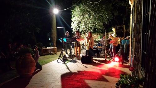 The Rock Chick Band Rocking. Photo P Finnigan