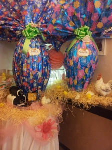 Catarina's big Eater Egg display in Bar Il Solferino. Foto J Finnigan