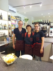 The lovely new family owners of 'La Dispensa' foto J Finnigan