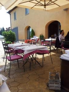 Ristorante Borgo Antico, the Terrazza. Foto J Finnigan