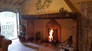 The smoking inglenook fireplace. Fot P Finnigan