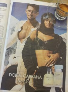 Christmas hunk of the month and girlie. La Repubblica.